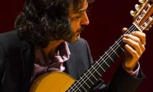 Toni Cotolí: Actuación y forma de disco